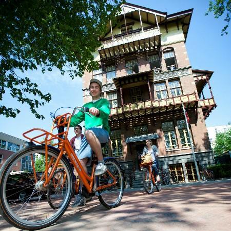 schoolkamp amsterdam hostel